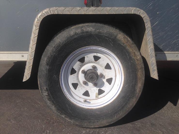 dadvmom.com_drivingmyselfcrazy_tire